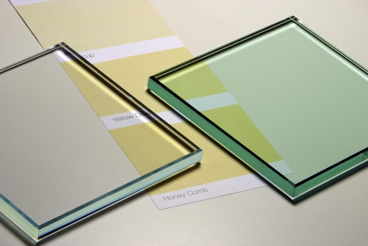 Starphire vs Clear Glass