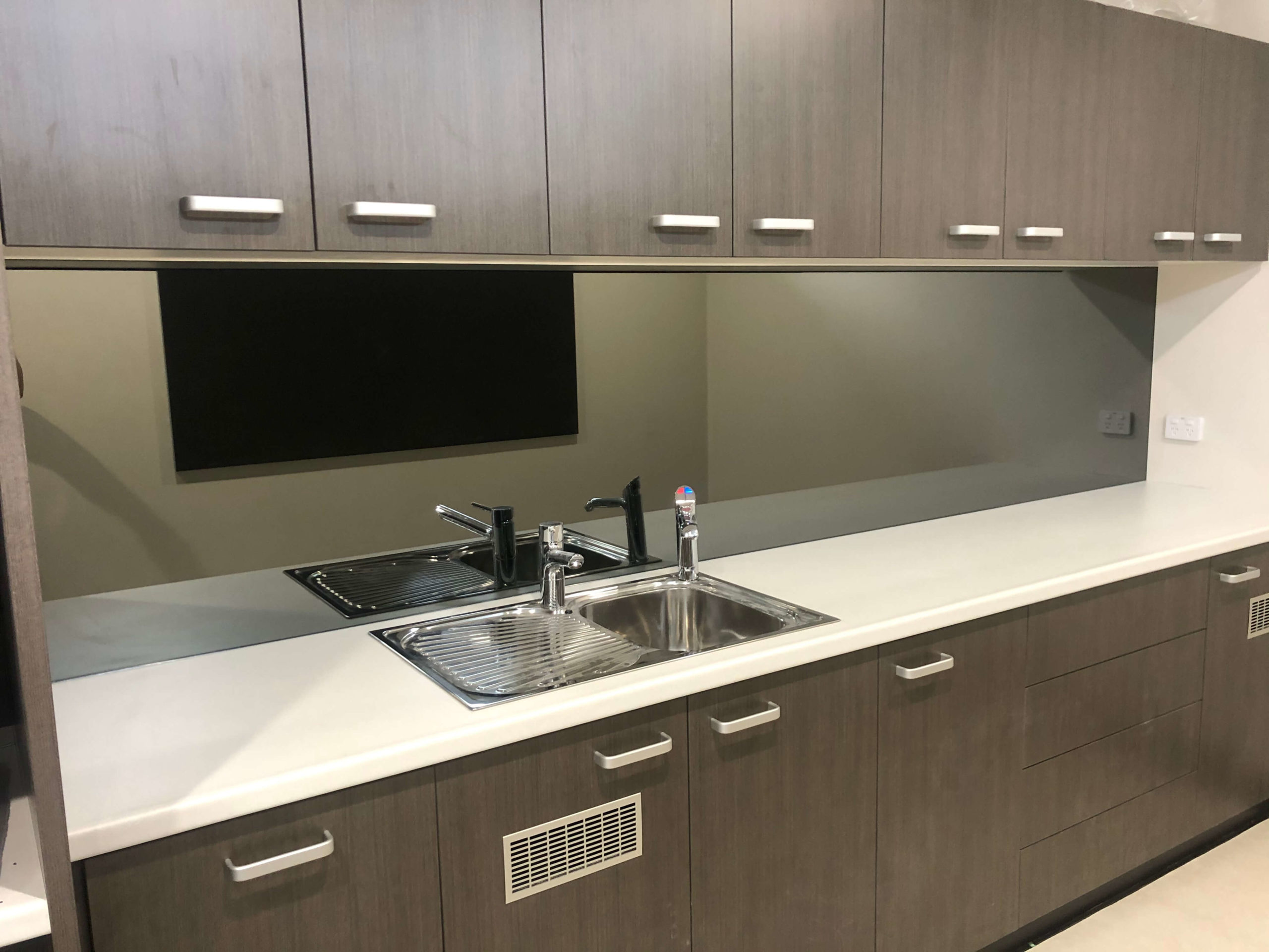Mirror Splashback Commercial Kitchen