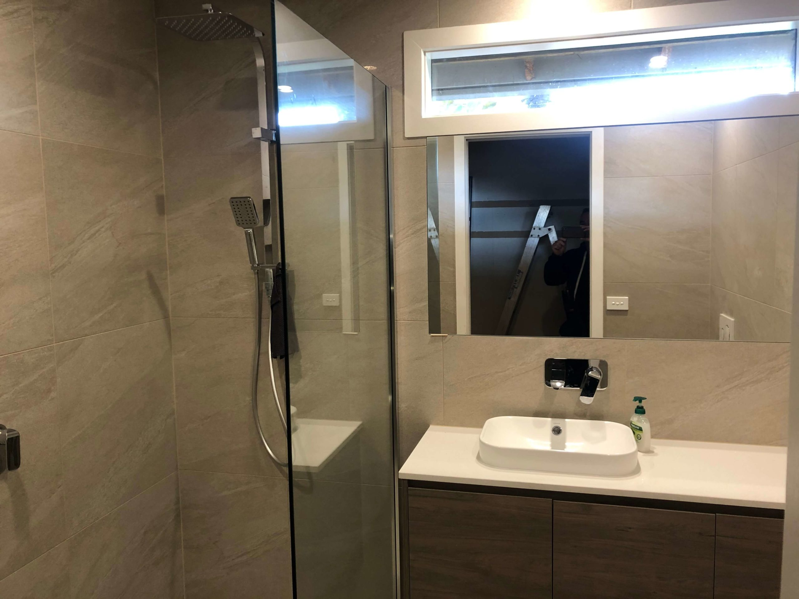 Freestanding Toughened Safety Glass Shower Screen with Wall Channel